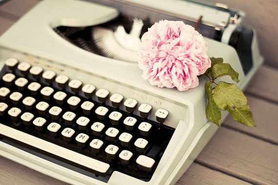 How to Pitch to Bloggers | The Etsy BlogWedding Parties, Pink Flower, Romantic Vintage, Vintage Wardrobe, Vintage Typewriters, Fine Art Photography, Blog, Retro Vintage, Flower Photography