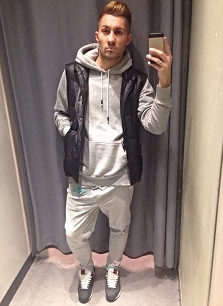 #madox #madoxdesign #madoxy #sweatpants #sporty #stylish #selfie #boy