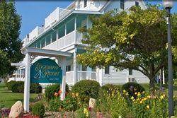 pet friendly hotel in door county