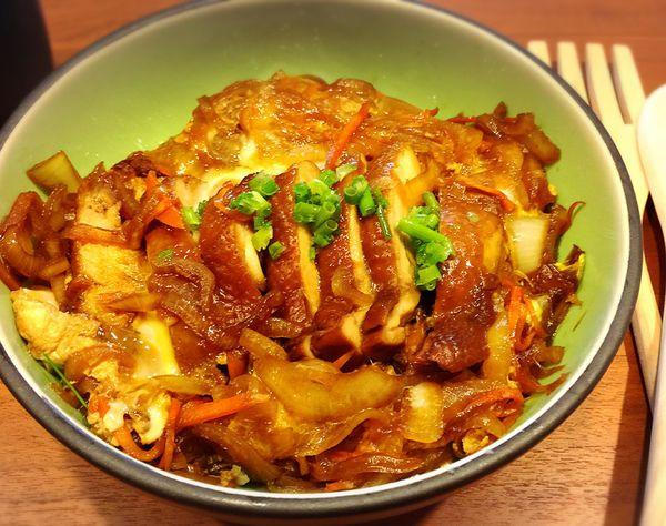 料比飯多的日式照燒雞排丼飯 @ 菲比的小廚房 :: 痞客邦 PIXNET ::