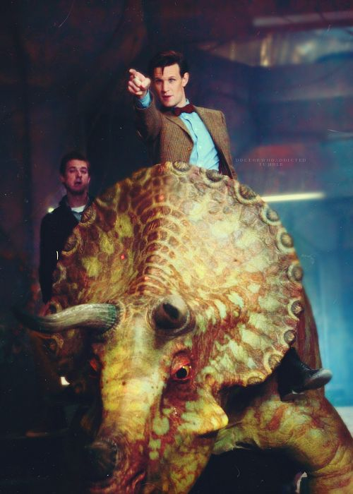 "This one is flipping hilarious. Love, love, LOVE! Eleven and his dinosaurs, too much. <-----I love how Rory's face is all like ""oh great, who gave The Doctor a dinosaur."""