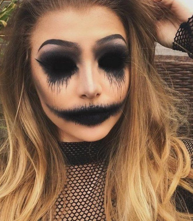 Chic Halloween Hostess Makeup Page Scary Year Scary Halloween Makeup Looks You Shou In 2020 Creepy Halloween Makeup Halloween Makeup Looks Cool Halloween Makeup