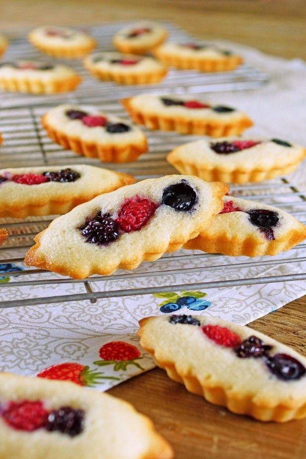 berry financiers @Patty Price / Patty's Food