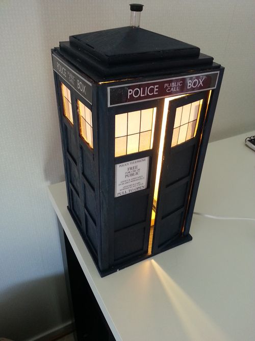 Homemade TARDIS lamp! This is so cool!