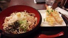 やはり年末年始は和食がいい 金沢のうどんお多福   揚げたての熱々の天ぷらがたまらないんですこのお店 もちろんうどんの方も美味しい  年始に和食系が食べたい方オススメですよ  tags[石川県]