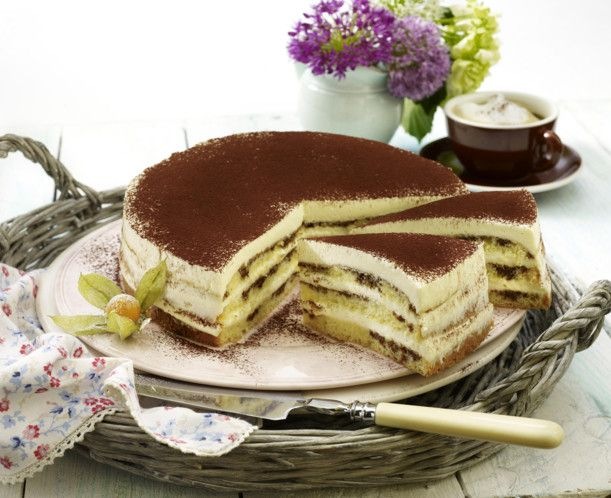 Unser beliebtes Rezept für Cappuccino-Torte und mehr als 55.000 weitere kostenlose Rezepte auf LECKER.de.