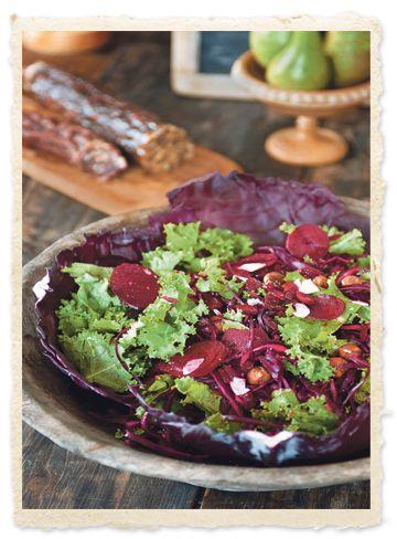Rødkålssalat med rødbede, kokosflager og tranebær - Salater - Mad - Isabellas