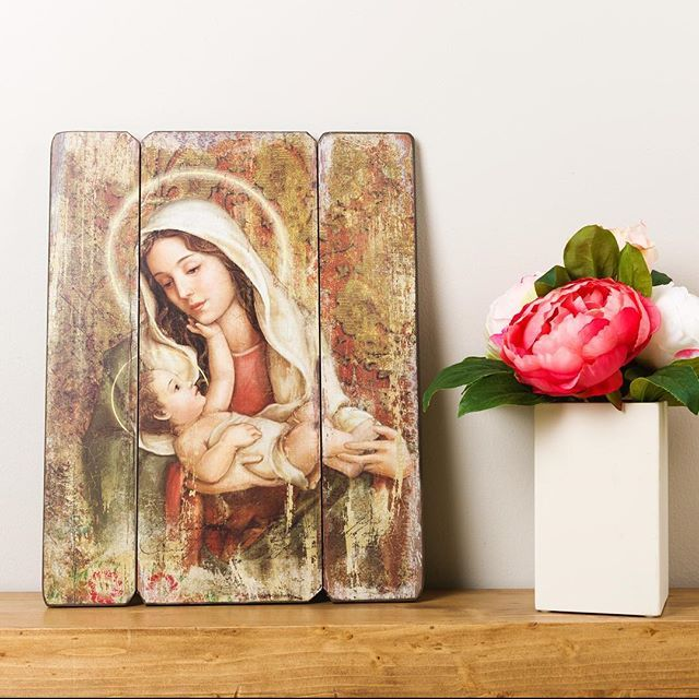"""""""If you ever feel distressed during your day, call upon Our Lady. Just say this simple prayer: 'Mary, Mother of Jesus, please be a mother to me now."""" I must admit: this prayer has never failed me."""" – St. Mother Teresa of Calcutta"""