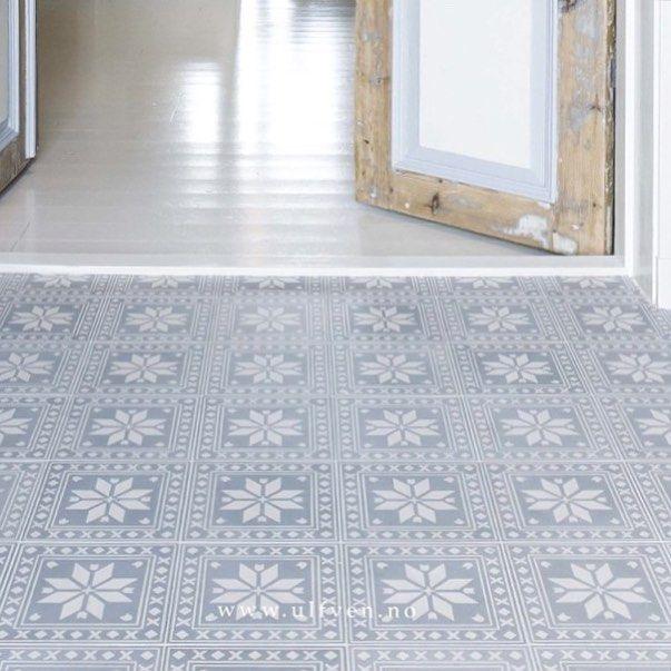 Nå har vi #salg på Frost (uimpregnert) 880,- per kvm❄️ #ulfven #tiles #sale #designedbyulfven #handmade #scandinavianhome #floortiles #entrance