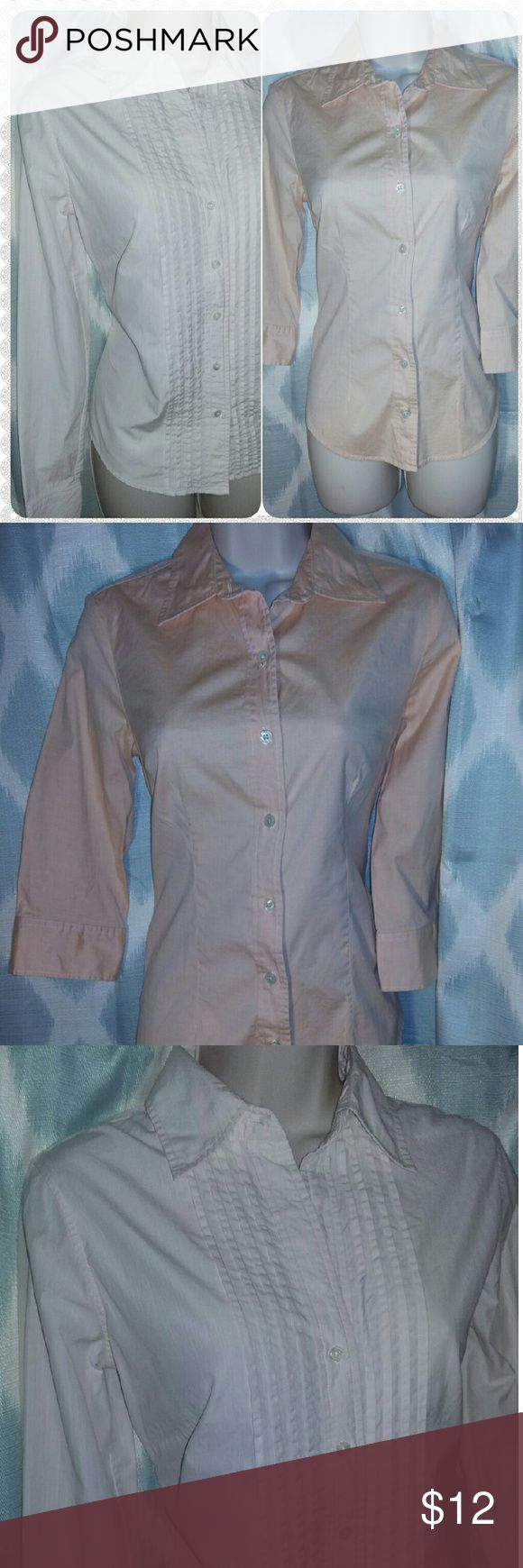 Bundle of 2 l/s button front career wear blouses Banana Republic light pink and Gap coral pink long sleeve button down shirts. Both women's small in like new condition. Banana Republic Tops Button Down Shirts
