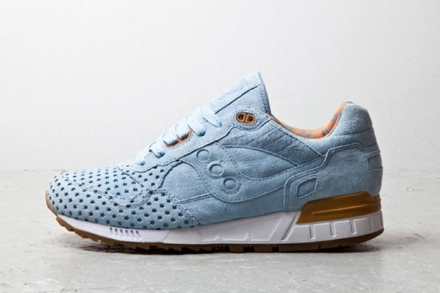 playcloths-x-saucony-shadow-500-cotton-candy-pack-01