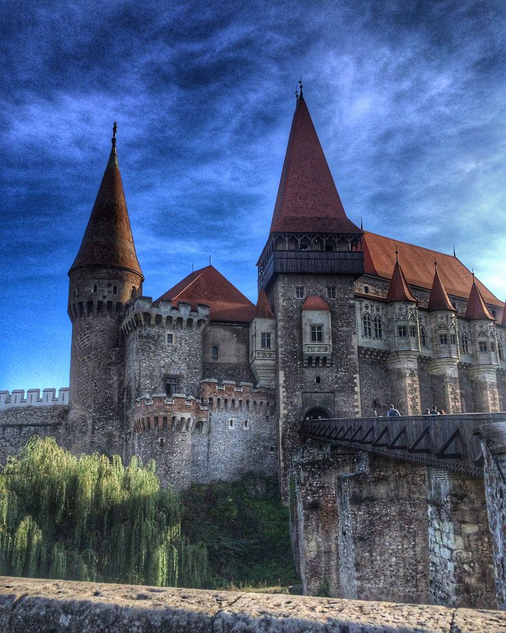 Corvin Castle, also known as Hunyadi Castle or Hunedoara Castle, is a Gothic-Renaissance castle in Hunedoara, Romania. It is one of the largest castles in Europe and figures in a top of seven wonders of Romania. ❤️