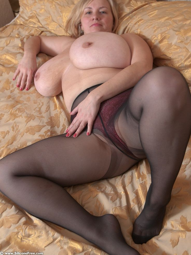 Big women in pantyhose movies useful