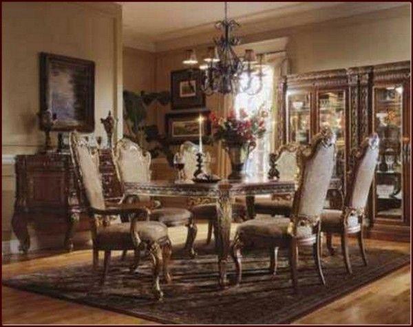 traditional dining room, dining room