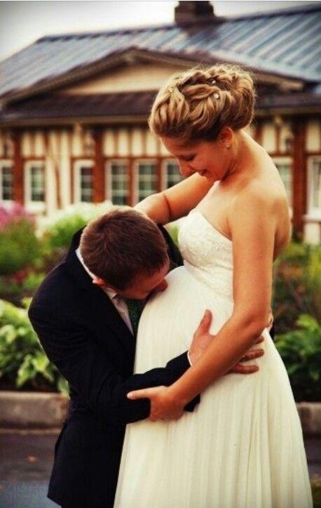 Best 25 pregnant brides ideas on pinterest for Best wedding dresses for pregnant brides
