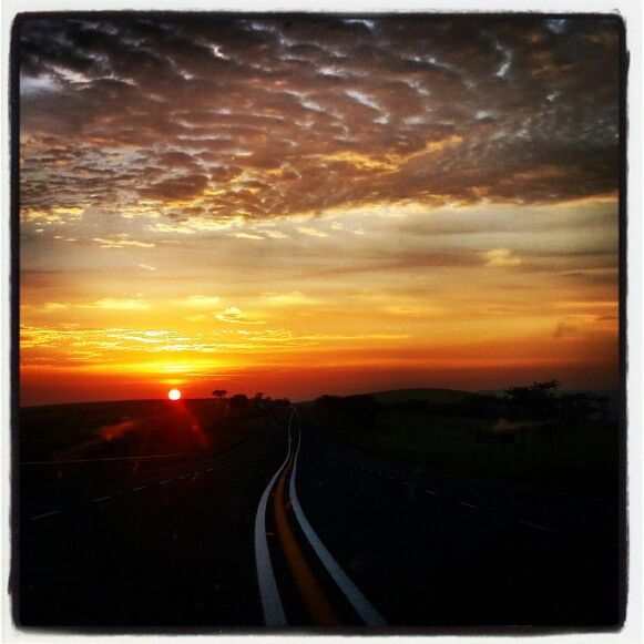 Sunrise on the N3 to Durban.