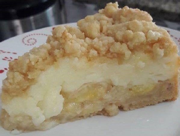 A Torta Rápida de Banana é deliciosa, cremosa e fácil de fazer. Ela é a sobremesa perfeita para qualquer ocasião e todos vão adorar. Experimente! Veja Tamb