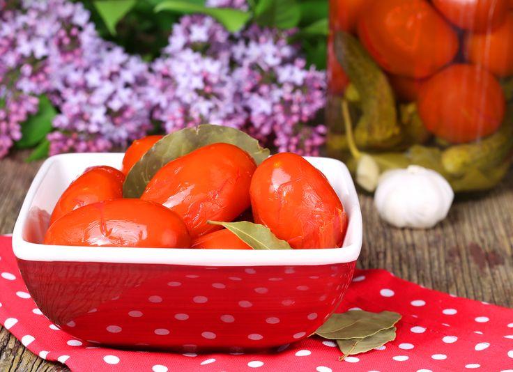 Как приготовить соленые помидоры: полезные советы