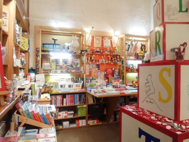 17 best images about boutique si tu veux toy store in for Jouetstore