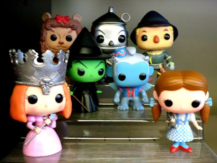 My Wizard of Oz collection! This was given to me by the woman that is my 2nd mother! She knows me so well; how much I love the Wizard of Oz and that I collect Funko dolls!