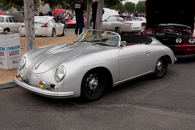 Porsche 365 Speedster.
