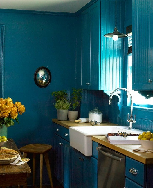Hippie Kitchen Decor: Best 25+ Peacock Blue Paint Ideas On Pinterest
