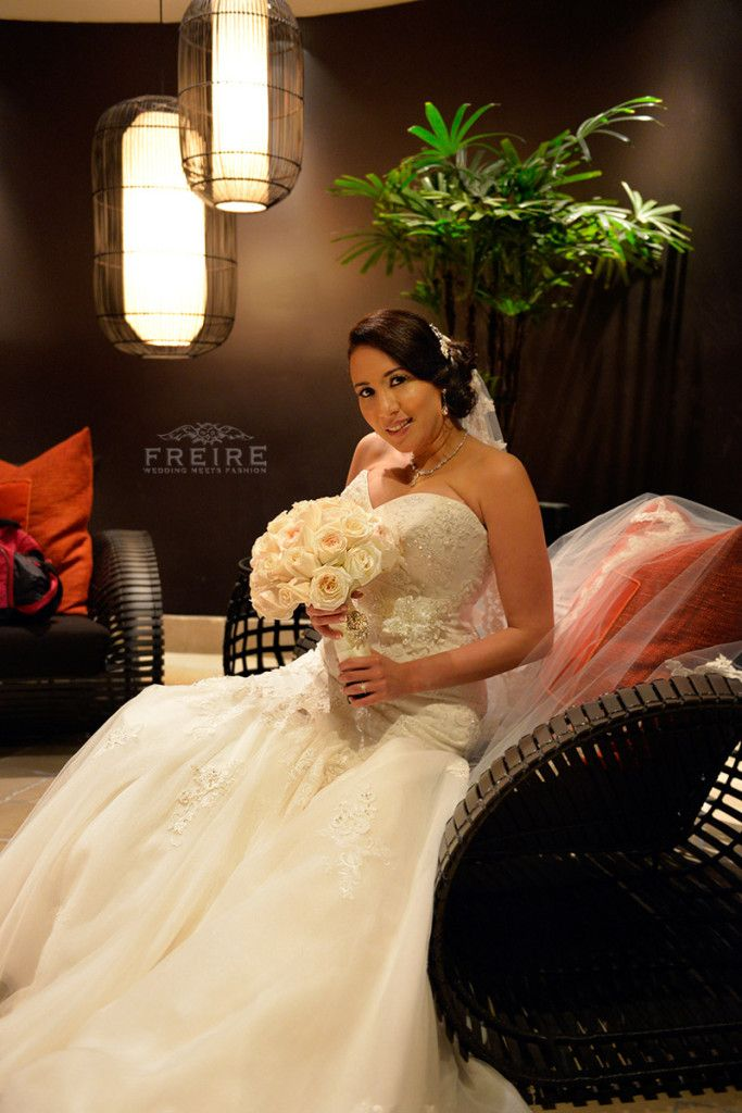 93 best wedding meets fashion photography by jan freire for Rental wedding dresses in miami