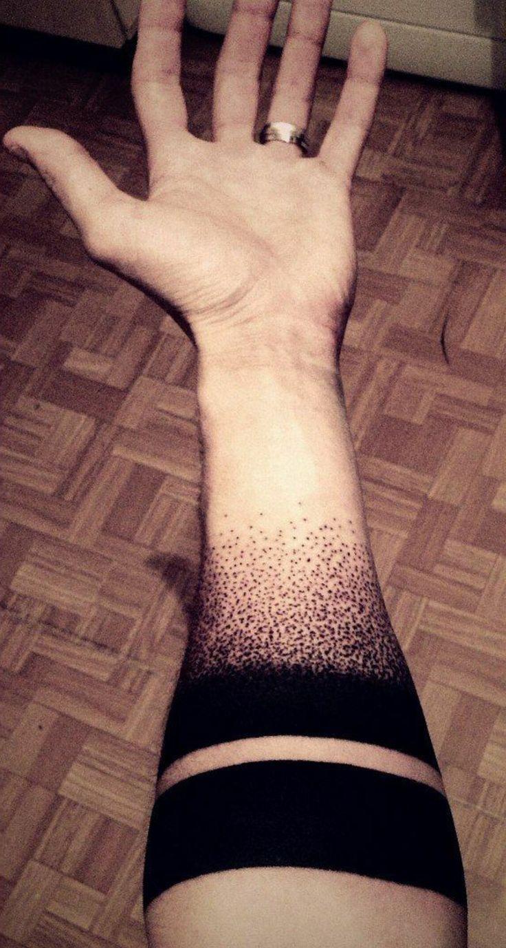 Armband Tattoo schwarz Handgelenk Mann