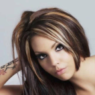 Cute hair color with highlights!! Maybe do this for color but with the red instead of brown