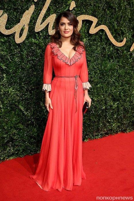 Фото: звезды на церемонии вручения наград British Fashion Awards- popcornnews