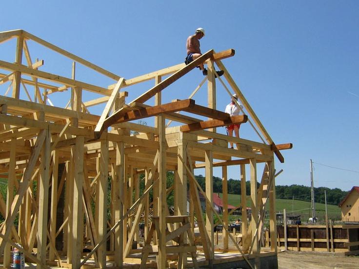 Structura de lemn casa de locuit