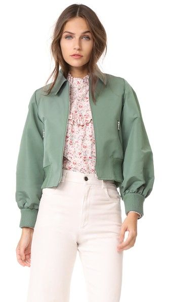 ¡Consigue este tipo de chaqueta bomber de RED Valentino ahora! Haz clic para ver los detalles. Envíos gratis a toda España. RED Valentino Cropped Bomber Jacket: A crisp RED Valentino crop jacket with a menswear-inspired look. Zip front pockets. Fold-over collar and zip placket. Ribbed edges. Lined. Fabric: Technical weave. Shell: 100% polyester. Trim: 100% wool. Lining: 67% acetate/33% polyester. Dry clean. Imported, Romania. Measurements Length: 19.25in / 49cm, from shoulder Measurements…