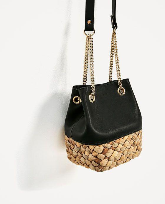d17add30a Image 1 de SAC BANDOULIÈRE EN MATIÈRES ASSORTIES de Zara Fabric Bags, Chanel  Handbags,