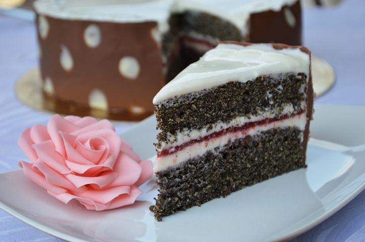 SÜTIK BIRODALMA: Cseresznyés mascarponés  máktorta / Cherry mascarpone poppy seed cake