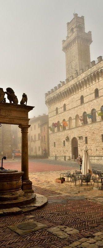 Montepulciano, Tuscany, Italy                                                                                                                                                                                 Más