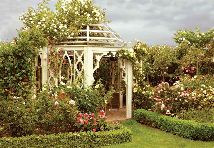 Best 25 victorian gardens ideas on pinterest victorian for Victorian garden house