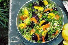 Das Rezept für Veganer Couscous-Salat mit bunten Möhren mit allen nötigen Zutaten und der einfachsten Zubereitung - gesund kochen mit FIT FOR FUN