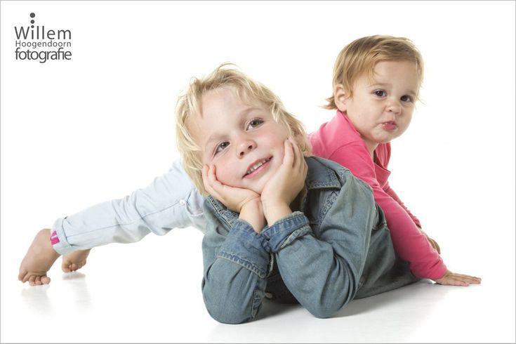 kinderfotografie broer en zus in mijn studio in Woerden.