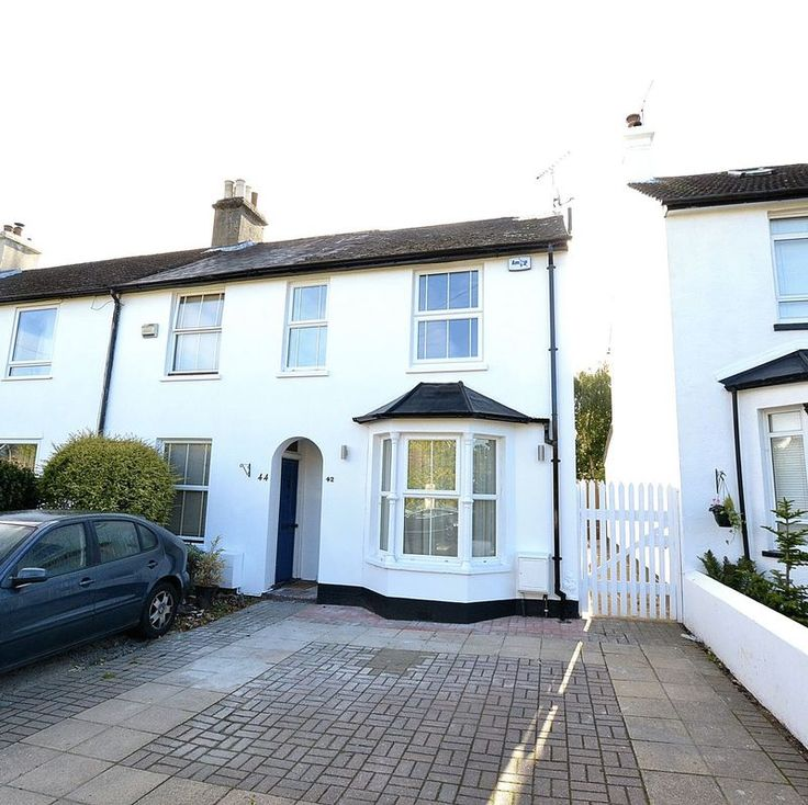 2 Bed, 2 Bathroom House FOR SALE  #Orpington   http://www.vincentchandler.co.uk/properties-for-sale/property/7227236-wellbrook-road-orpington
