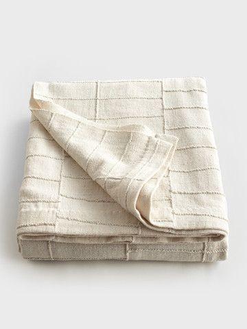 // Cream Bed Cover by Aboubakar Fofana