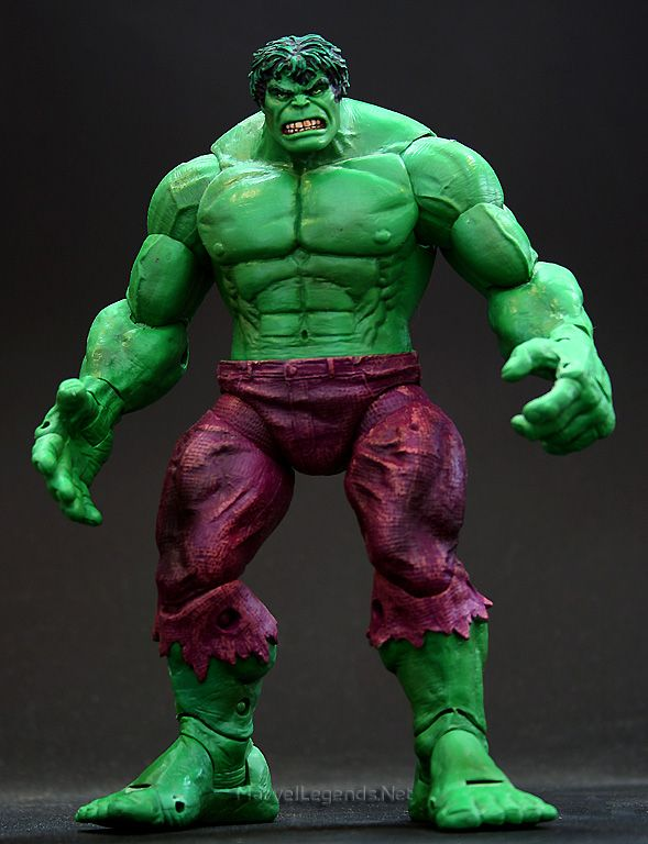 The Avengers Age of Ultron Series Incredible Hulk Fine Art Statue Figure Toys