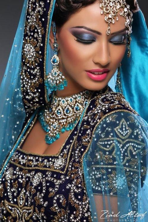 Bridal Close Up Photos Dulhan Dresses For Wedding Shaadi Dresses ...