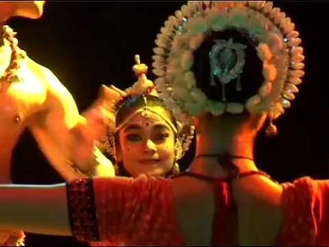 Sutra Dance Performance Odissi - 2006, Isha Yoga Center - YouTube