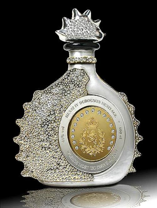 Most expensive Cognac in the world: Henri IV Dudognon Heritage, aged for 100 years in barrels that were air dried for five years before use. The bottle is dipped in 24k gold and sterling platinum, the bottle was adorned with 6,500 brilliant cut diamonds by its designer, jeweler Jose Davalos. The final price of this costly Cognac is $2,000,000 @Lindt_Chocolate #LindtTruffles @Influenster @InfluensterVox #Influenster #RoseVoxBox