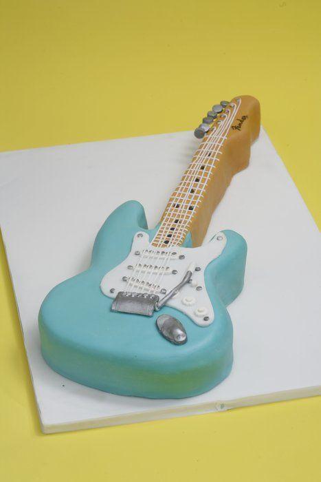 15 best Bruce cakes images on Pinterest Guitar cake Music cakes