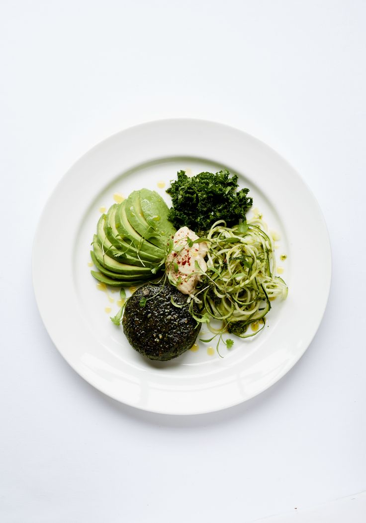 50 Shades of Green Quinoa burger, avocado, tahini dressing, pumpkin seed pesto, courgetti & miso kale salad  • • • Brown's Hotel has collaborated with Madeleine Shaw, British chef, nutritional health coach, yoga teacher and bestselling author of 'Get The Glow', to create an innovative and delicious Rocco Forte Nourish menu exclusively for its guests.