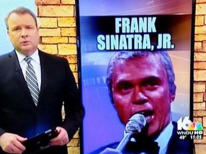 Frank Sinatra Jr. -- He's Dead, But Joe Piscopo Is Alive (PHOTO)