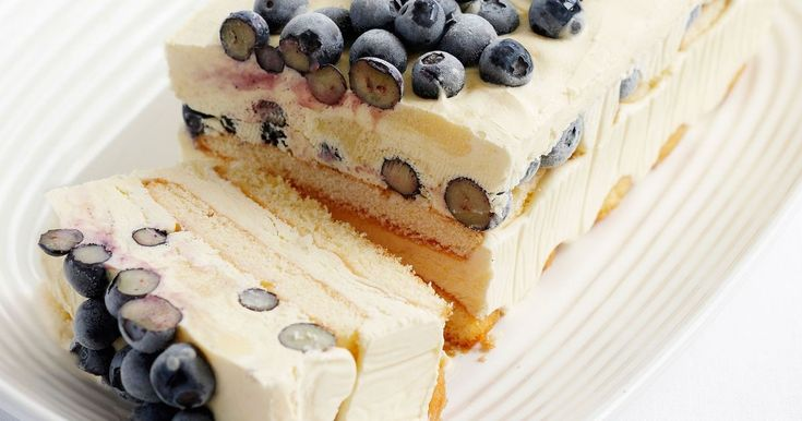 A delicious, easy dessert with fresh blueberries and cream. Just 15 minutes and you're done.