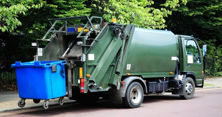 How Junk Disposal Services Recycle Your Disposable Items