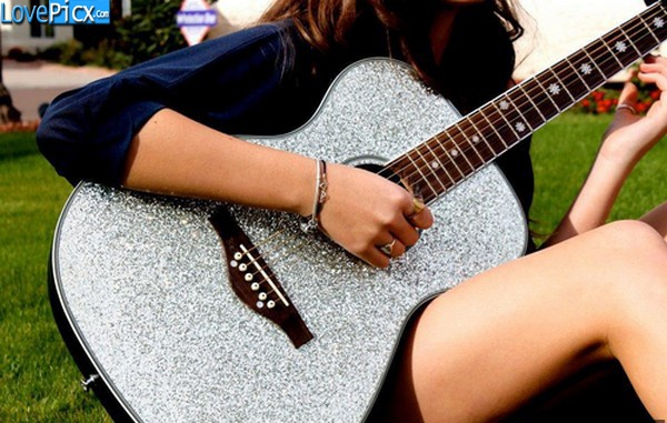 224 Best Images About Girls With Guitars On Pinterest: Alone Girl With Guitar Cute Rocking